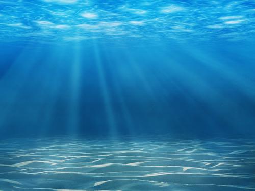 夢占い 深海 池 潜る