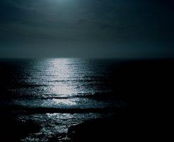 夢占い 夜 海 川