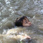 川で溺れたりプールで溺れる夢占いについて