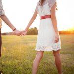 好きな人や好きでもない人と付き合う夢占いについて