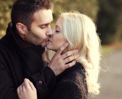 夢占い キスされる 異性 芸能人