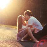 異性や同性とハグする夢、ハグしてキスする夢占いについて