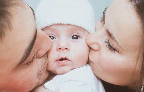 夢占い 幼児 抱く キス 助ける