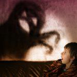 幽霊を除霊したり、追い払ったり、退治する三つの夢占いの意味とは?