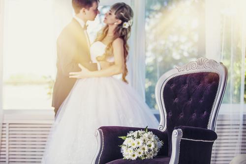 夢占い 他人 結婚式 妊娠 出産