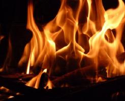 夢占い 台所 火事 水浸し