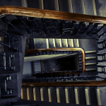 夢占いでの学校の意味は?階段や廊下が出てきたら