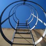夢占いで高いところへはしごを使って景色を見た時の意味