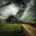 怖い竜巻や雷や砂嵐! 夢に出てきたら夢占いではどんな意味?