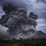 噴火の夢は夢占いではどんな意味?噴火から逃げる夢や火事になる夢は?
