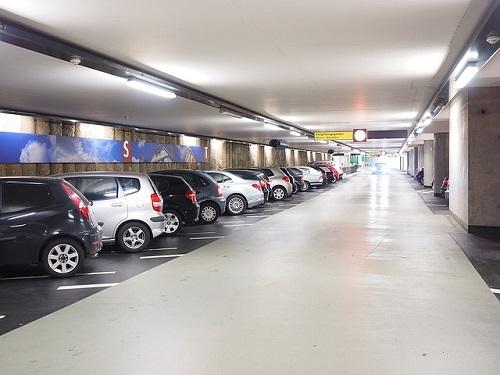 夢占い 駐車 ぶつける