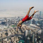 夢占い。高くジャンプしても低空飛行で飛ぶ場合、それは逃げる気持ちがある?