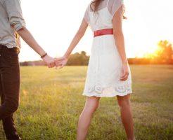 夢占い 初恋の人 キス デート 両想い