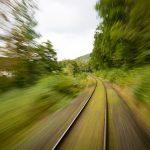 電車のスピードに関する夢占いの意味は?