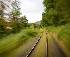 夢占い 電車 スピード