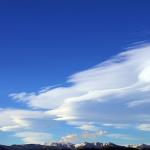 流れが速い雲の夢を見たときの夢占いは何を意味しているの?