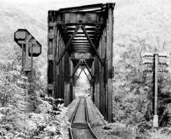 夢占い 橋 渡る 怖い