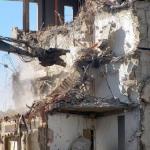 建物が倒れる・壊れる・解体される、夢占いでの意味は?