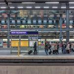 新幹線や電車に乗り遅れる夢占いの意味とは!?