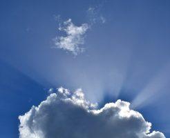 夢占い 空 雲 光