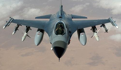 夢占い 戦闘機 飛行機