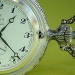 夢占いで時計の時間が止まったり、狂ったりするのには何の意味があるの?
