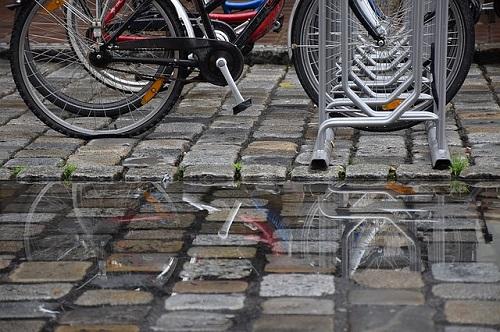 夢占い 雨 自転車 水たまり