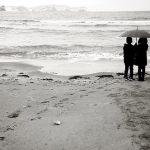 雨の中相合傘をしている夢、布団が出てくる夢についての夢占い
