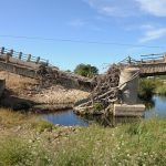 川の橋が決壊する夢占いの意味は?