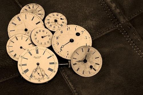 夢占い 時計 たくさん