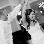 異性と踊る夢や歌う夢、楽しい夢占いの意味とは!?