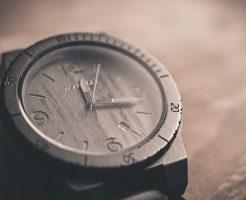 夢占い 時計 早い 割れる