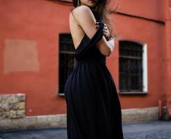 夢占い 黒 ドレス