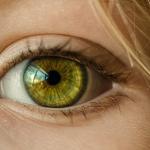 目の色と、色の夢はどんな意味を持つのでしょう。目の色が変わる夢占いとは