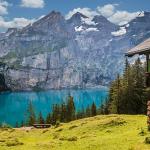 綺麗な湖の夢、湖で飛び込みをした夢をみたときの夢占いは?