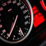夢占い ドライブでスピード違反や事故、行き止まりにたどり着く夢の意味とは?