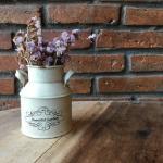 花を花瓶に生ける、水をやる夢占い