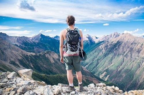 夢占い 登山 頂上 山頂