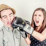 夢占いで喧嘩をして負ける・競争をして負けることの意味とは?