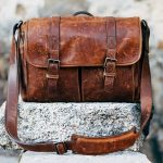 夢占いで鞄を落とす・鞄を置き引きされることの意味とは?