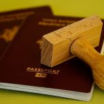 夢占いで海外旅行に行くためのパスポートの夢、飛行機の夢について