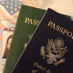 海外旅行に出発。パスポートが期限切れの夢占い