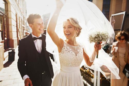 夢占い 結婚式 呼ばれる