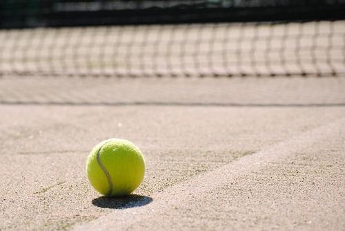 夢占い テニス 試合 負ける