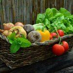 夢占いで野菜をもらう夢、食べる夢の意味