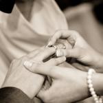 夢占いで兄弟が恋愛や結婚をする夢はどんな意味?