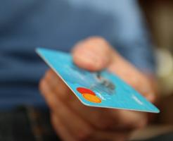 夢占い お金 クレジットカード 使う