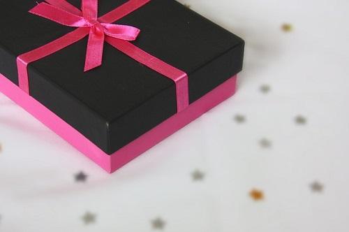 夢占い プレゼント もらう 靴 服 指輪