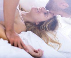 夢占い おでこ 触られる キス
