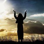夢占い 神様と話す夢や、神様に怒られる夢の意味は?